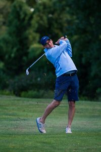 golfer-golf-course